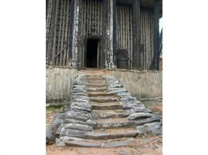 Ancient Palace Of Cameroon Tour